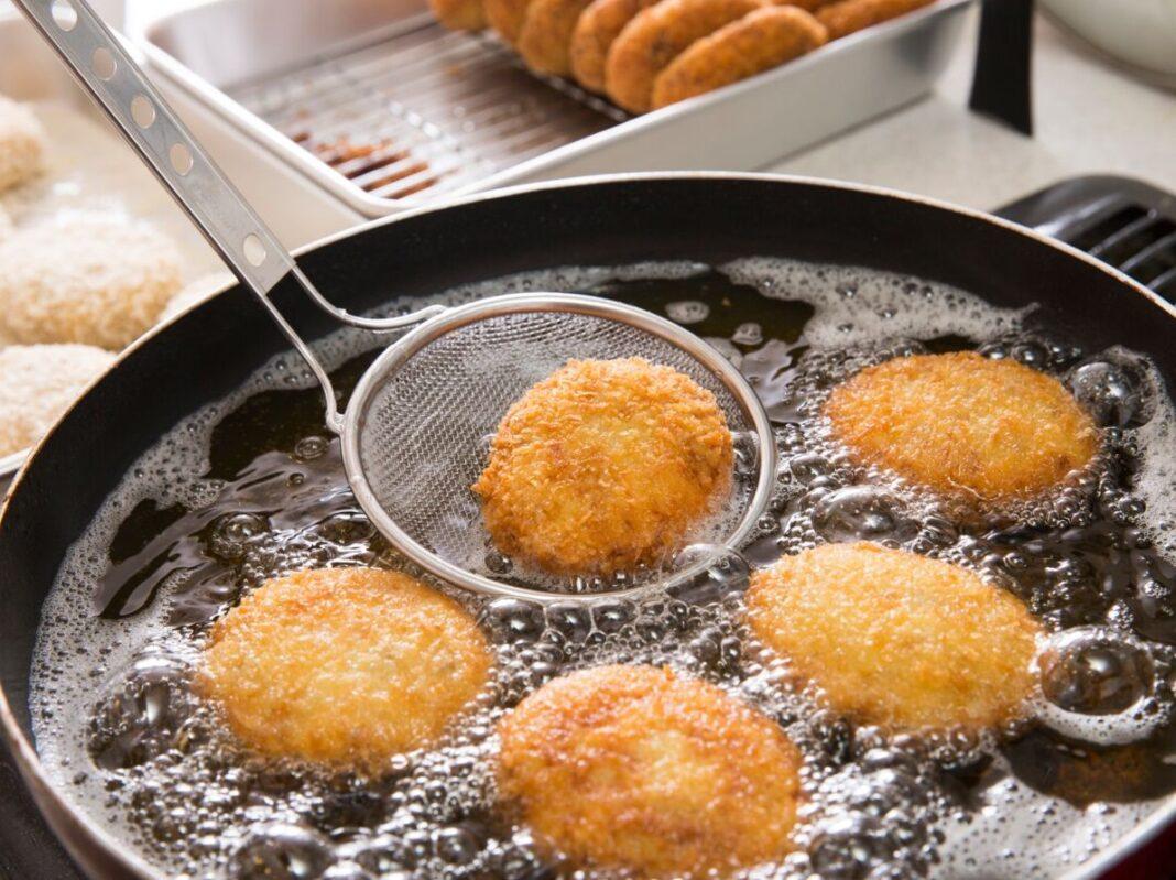 Fromage dans huile de friture